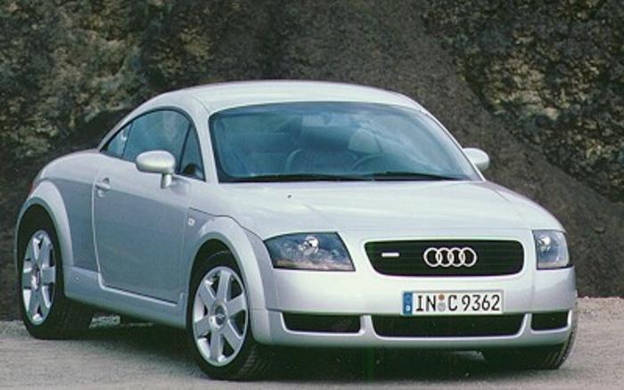 Audi TT Coupe 1.8 T quattro 132 kW (180 CV)1
